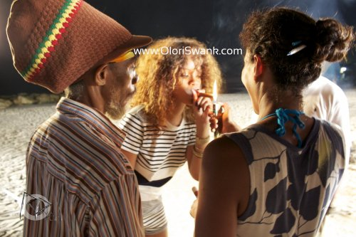 Rihanna en tournage avec...