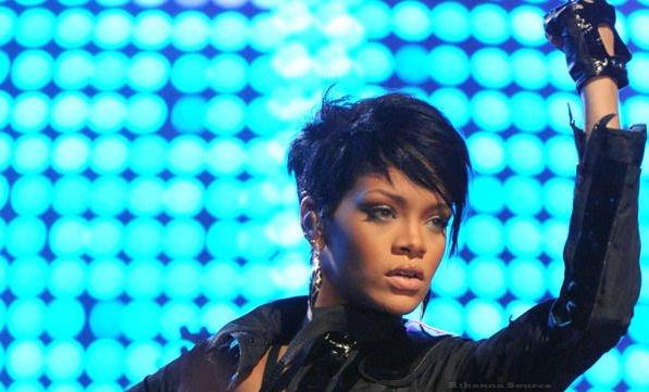 Rihanna s'engage contre la famine