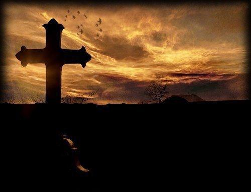 Le Temps mange la vie,  Et l'obscur ennemi qui nous ronge le c½ur  Du sang que nous perdons croît et se fortifie !