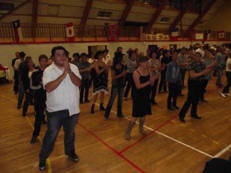 Bal Concert avec Charlie West  à Feuquieres