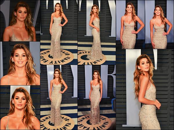 04/03/18 - Camila Morrone s'est rendue à l'after-party des Oscars par Vanity Fair dans Beverly Hills, CA Robe tout simplement magnifique, elle était signée par Dundas et le make-up par Mary Phillips. J'accorde un gros top, et vous alors ?