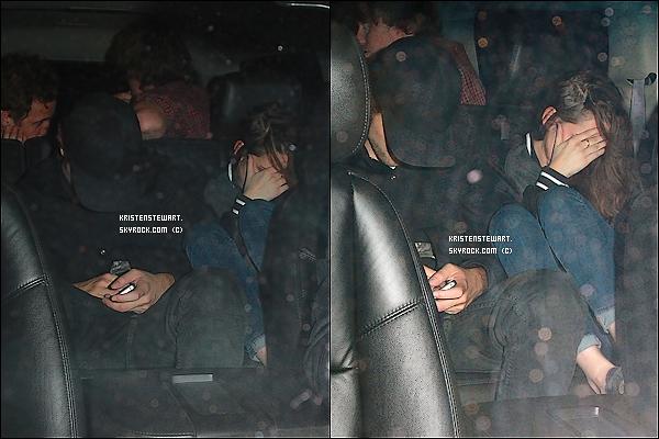 25/10/2012- Kristen et Rob étaient à la sortie d'un concert et se sont fait harceler par les papz.