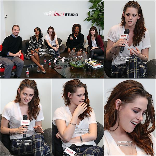 """28/11/2012-  Kristen était présente aux """"Variety Awards Studio"""" à Los Angeles."""