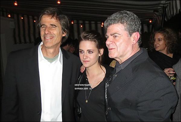 6/12/2012-  Kristen était à une séance privée d'On The Road à LA.