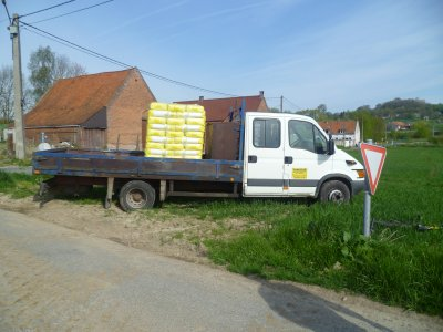 la camionette avec les semences de pois