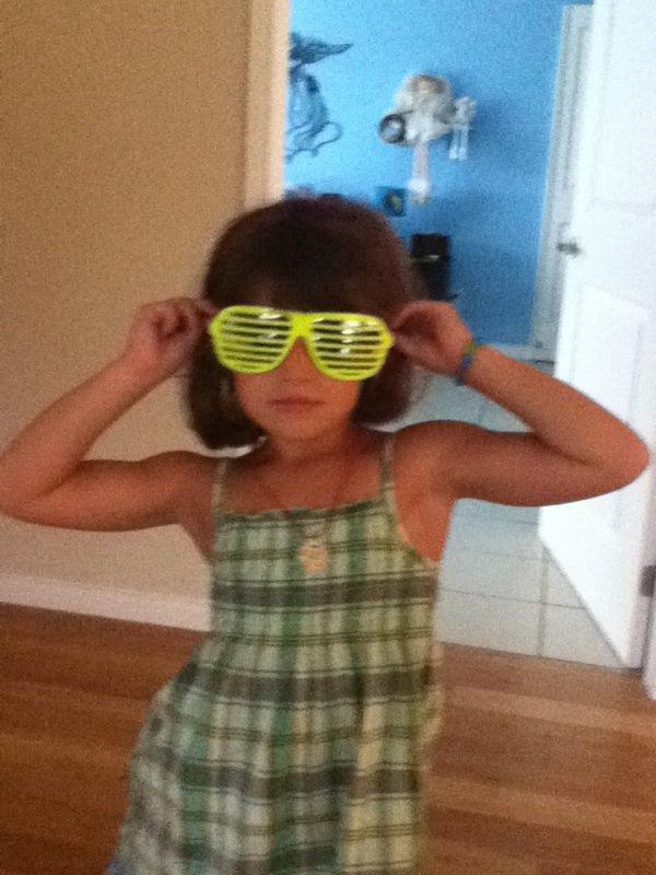 Ma cousine. Âge: 5 ans. Nom: Lysanne