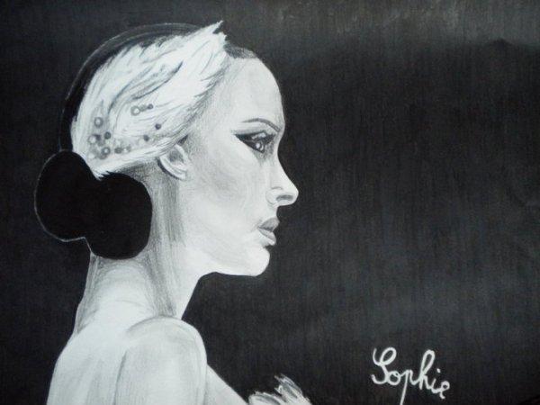 I) Natalie Portman - Black Swan