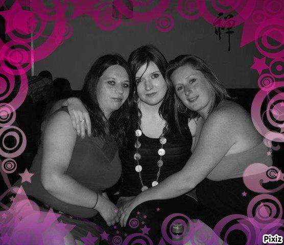 Elo, moi et ma cousine Céline au Klub...