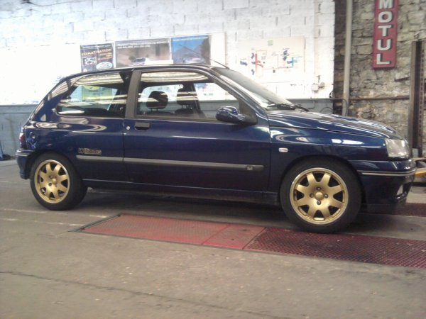 RENAULT CLIO WILLIAMS N°138