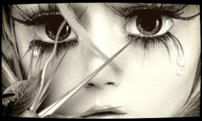 ~ Un sucide c'est lâche & égoïste .. Sa prends le coeur de ceux qui t'aime vmt , & sa le trempe dans l'acide  ..*