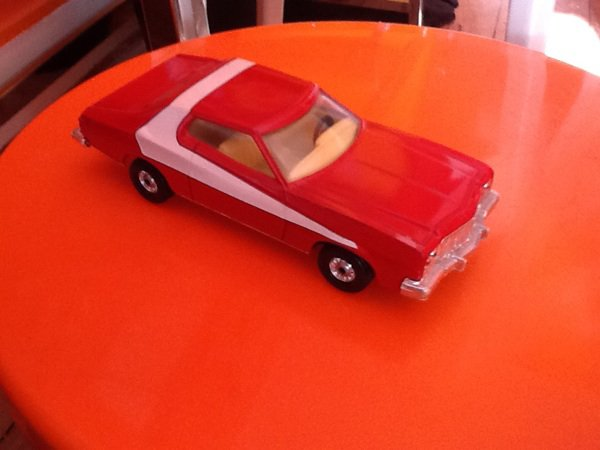 Collection miniature, Ford Gran Torino Starsky&Hutch