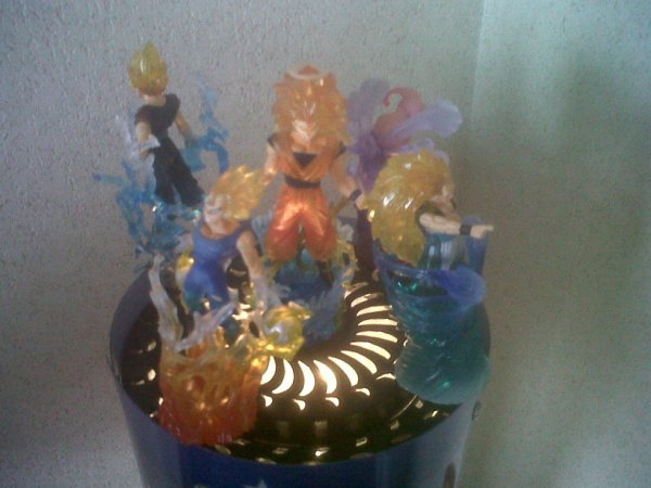 nouvelle collection figurines( dragonball z ultimate spark)