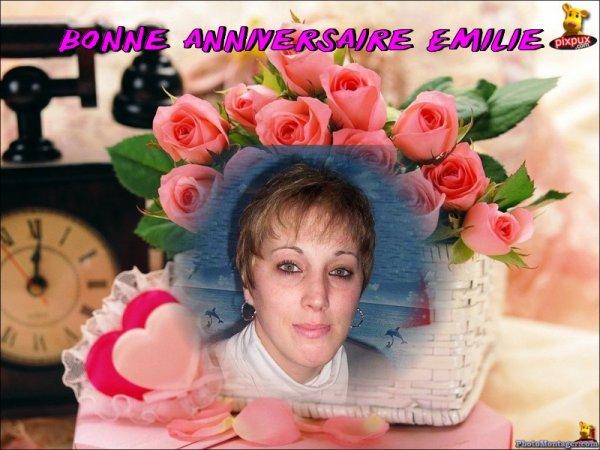Joyeux anniversaire a ma fille Emilie et mon petit fils Alexandre ......!