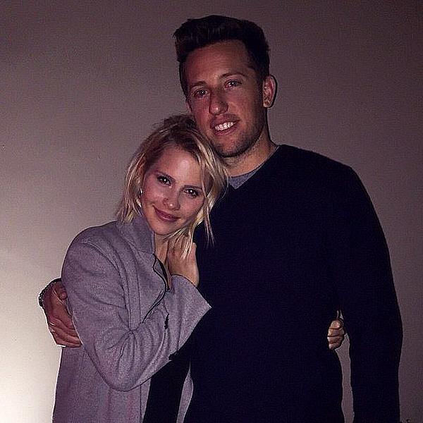 Claire était avec Matt et Stacey pour fêter la Saint Valentin ce 14 février 2015.
