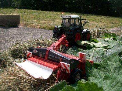 Fauchage d'herbe en mini :)