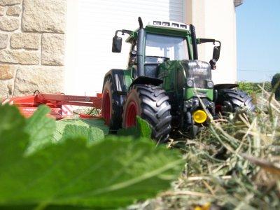 Fauchage d'herbe en mini :) - Suite