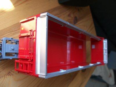 Nouvelle arrivage d'une superbe Maupu Tridem 23 Tonnes semi-remorque agricole en rouge limité à 1500 exemplaires :)
