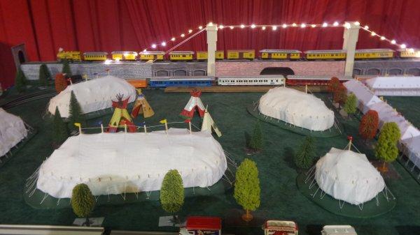 7ème Salon de la Maquette de Cirque - co-organisation Maquette club de Nemours et sa région & le CIRQUE D'HIVER BOUGLIONEd'Hiver (6)