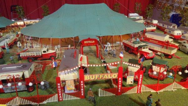 7ème Salon de la Maquette de Cirque - co-organisation Maquette club de Nemours et sa région & le CIRQUE D'HIVER BOUGLIONEd'Hiver (11)