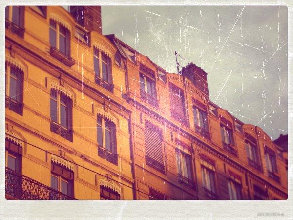 ~ J'ai des souvenirs de villes comme on a des souvenirs d'amour ~