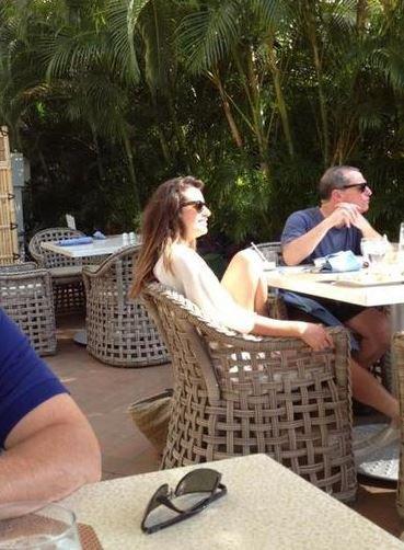 Léa et ses parents et Cory