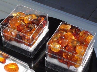 LOT 2 : vente en vrac 353 pièces ambres République Dominicaine 500 ¤