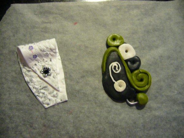 En attendant la cuisson et le montage en collier ,je vous présente mes petites créations