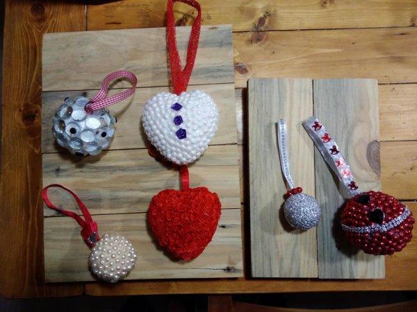 6 modèles aux choix chaque boule à une émotion.
