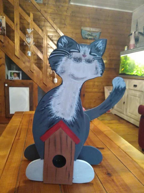 La maison oiseaux du chat...