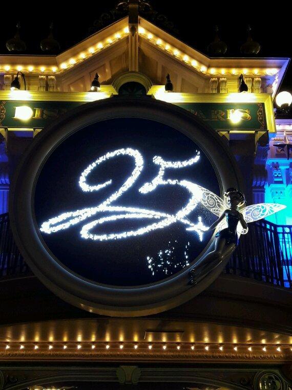 Eh oui !! Disneyland Paris a 25 ans !!!