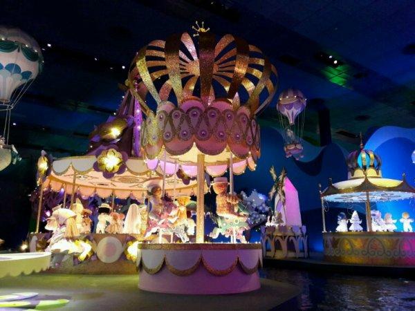 Disneyland  (it's a small world )