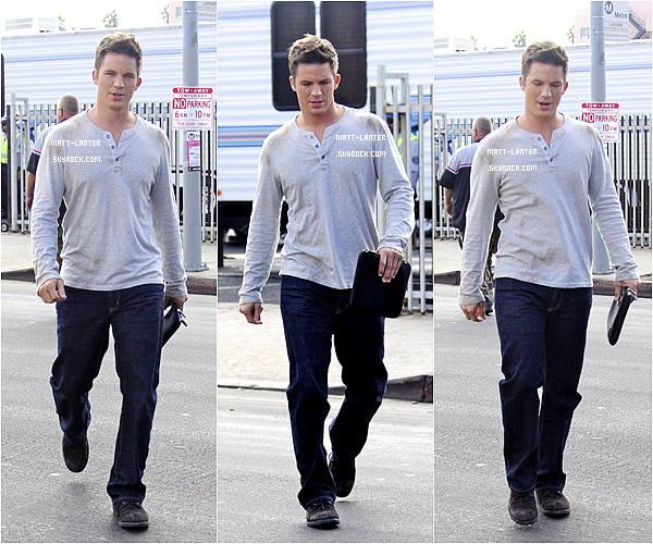 Le 23/10/2012 -  Matt, était sur le set de la série « 90210 » avec Anna Lynne McCord & Jessica Stroup, ainsi que Trevor Donovan. Top: ✰✰✰✰✰