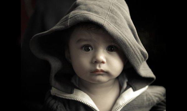 On ne peut pas nuire à un enfant en l'aimant. [Helen Fielding]