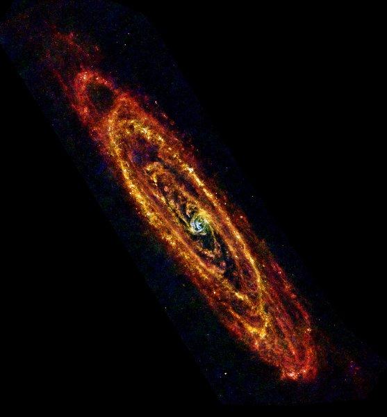La galaxie d'Andromède se dévoile dans l'infrarouge lointain