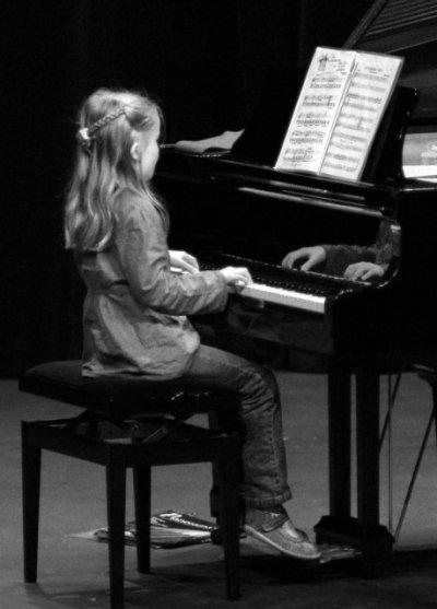 Le piano engendre mon bonheur..