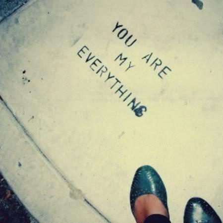 T'as ma vie & mon coeur entre tes mains.