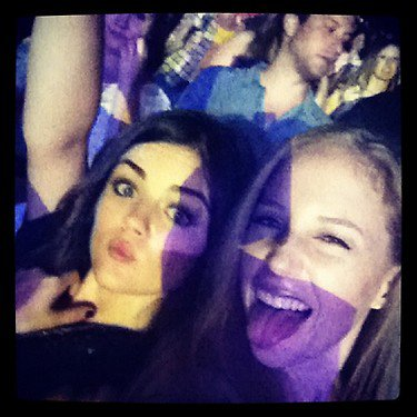 Photo Lucy Hale Twitter