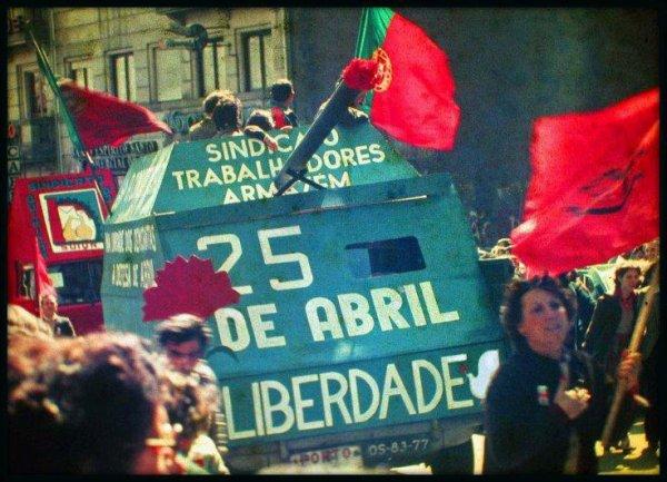 # Portugal ; 25 Avril 1974 .. Un seul mot a dire .. LiBERTÉ ♥