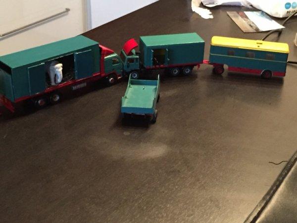 Petit diorama des projets en cours