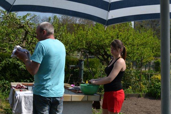 1er barbecue au jardin