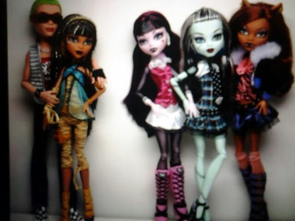 Les monster high