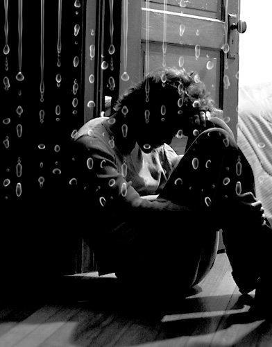 """""""Oublier est le troisième mot que je déteste le plus, après torture et tristesse."""""""