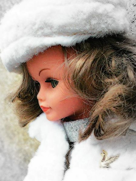Toujours Marilou....et sa neige pas carbonique...
