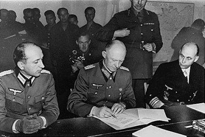 La signature de la capitulation allemande