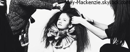 "Photoshoot Mackenzie Foy "" L'officiel Enfant """