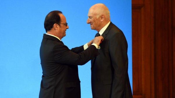 Félicitations au maire de Saint Léonard qui a TANT oeuvrer pour la mise en valeur du Chateau et son lien avec la Légion d'honneur.