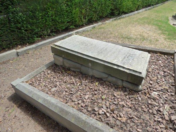 tombe ossements de la Citadelle - Cimetière de Schiltigheim