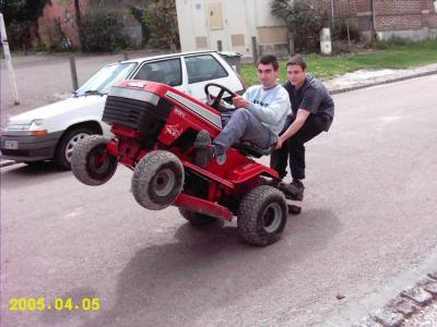 Tracteur tondeuse un pti blog simpa - Roue tracteur tondeuse ...