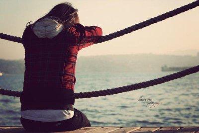 Il était mieux que les autres, il m'a choisi parmi tant d'autre,il m'a aimé plus que les autres mais il m'a laissé pour une autre.