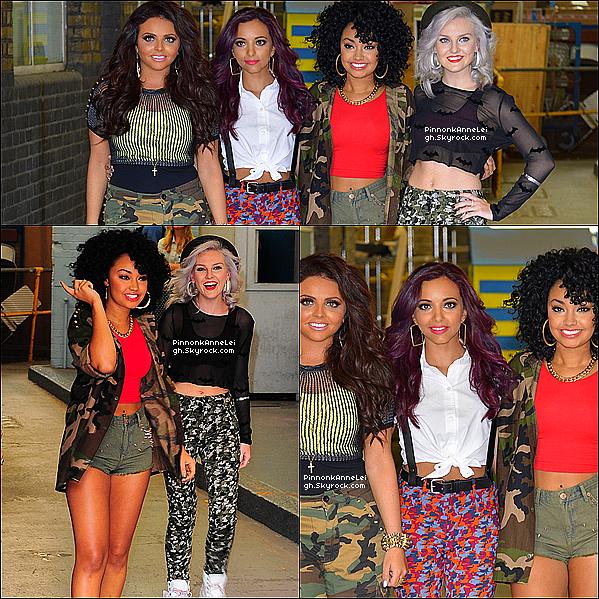 21 Août 2012 : Les Little Mix ont rencontrer des fans Anglais  devant les  « studios ITV » situer à Londres.